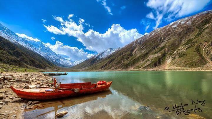 legendary-lake-saiful-malook