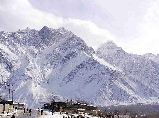 skardu-a-attractive-view-of-snow
