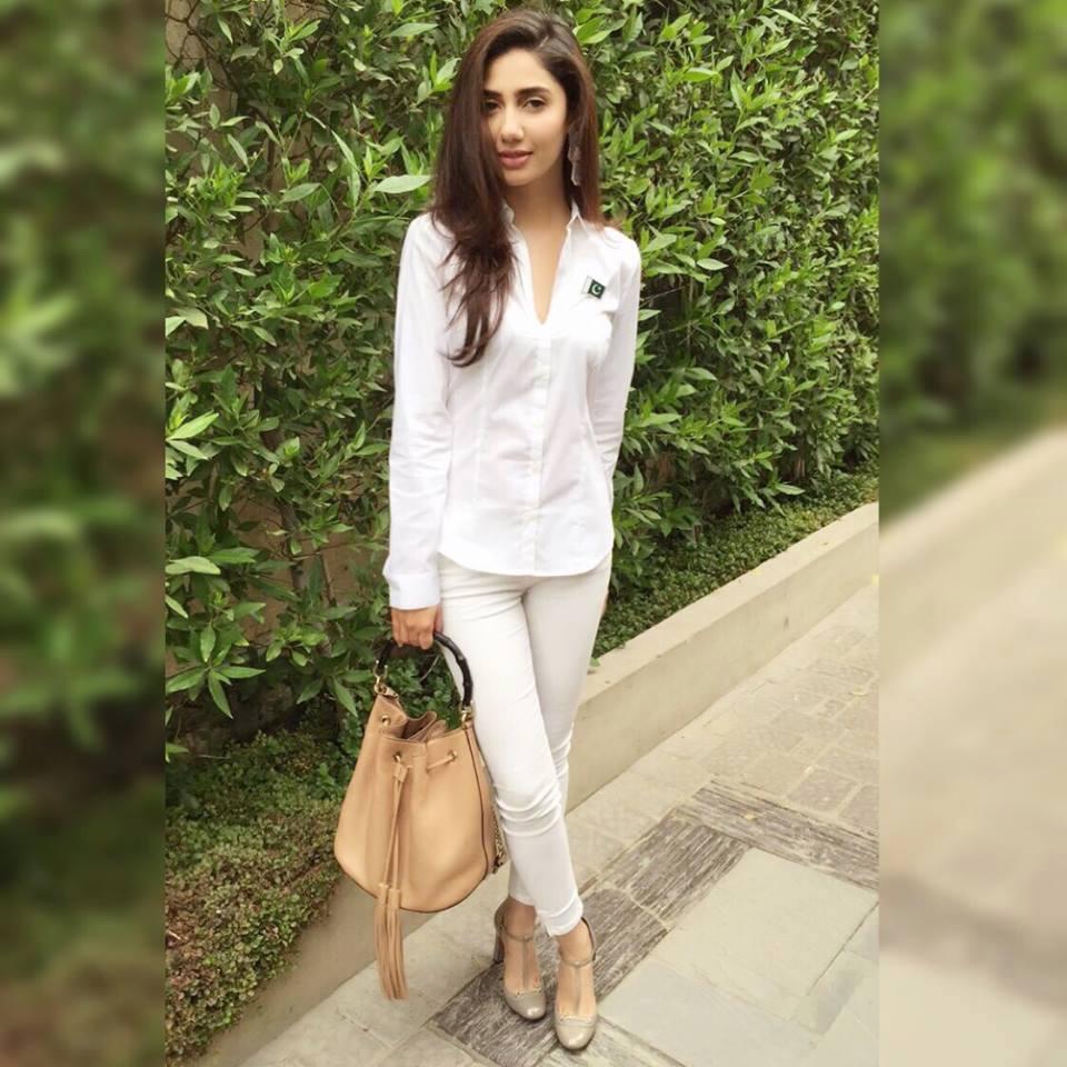 6-biography-of-actress-mahira-khan-6