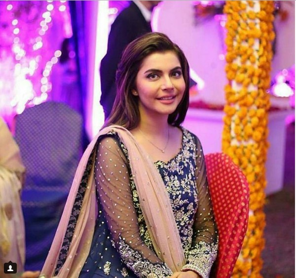 star-studded-mehndi-ceremony-of-abdullah-seja-28