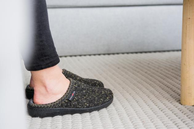 slippers-8441-haflinger-at-630