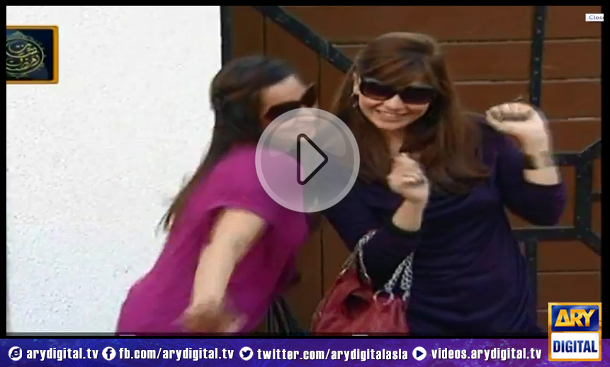 Bulbulay Ep - 229 - 10th July 2014 Bulbulay is about a quick witted, slapstick comedy that revolves around a family of four. Each episode is filled with humorous quirks that drives the viewer in a frenzy of laughter. Momo, Nabeel, Khoobsurat and Mehmood Sahib, find themselves in a new situation every time and deal with the consequences in their own unique manner Timing: Every Sunday at 9:30 PM on ARY Digital. If you miss any of the episodes you can watch them here.